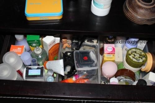 Body care drawer+ storage + acrylic drawer set