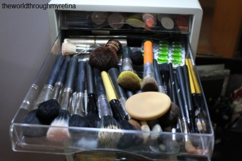 Brush storage + acrylic drawer set