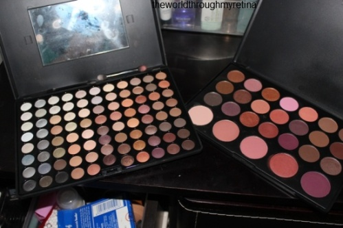 eyeshadow palettes +makeup storage
