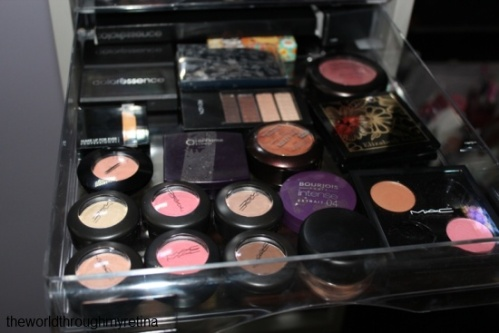 eyeshadow storage + acrylic drawer set