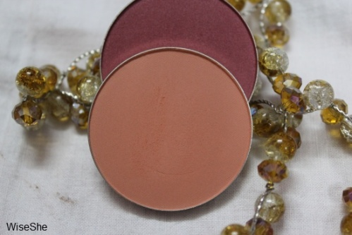 MAC-peaches-blush-review-+-sheertone-blush