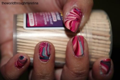 water marbling nail art